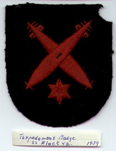 A black and red arm badge from 1939.